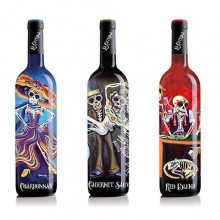 What do a skeleton in a dress, digital printing technique and USA wine market have in common?